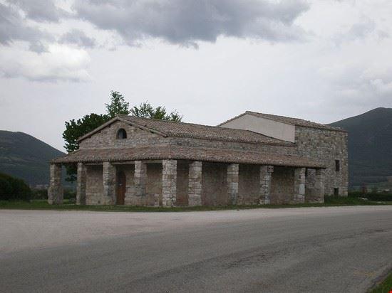 93491 serravalle di chienti chiesa di santa maria di pistia