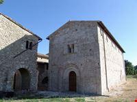 chiesa sant'illuminata massa martana