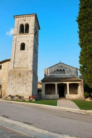 abbazia san faustino massa martana