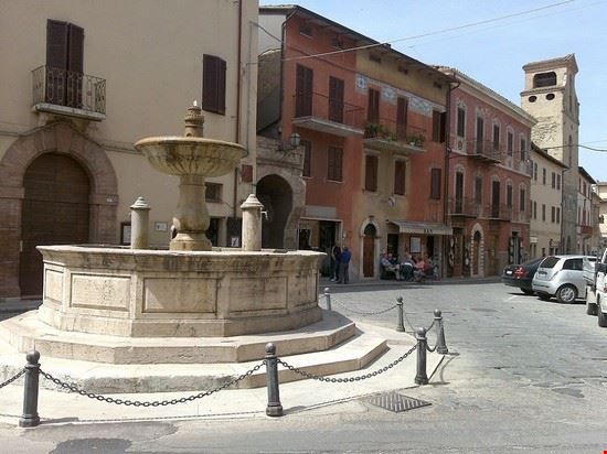 piazza dei consoli deruta