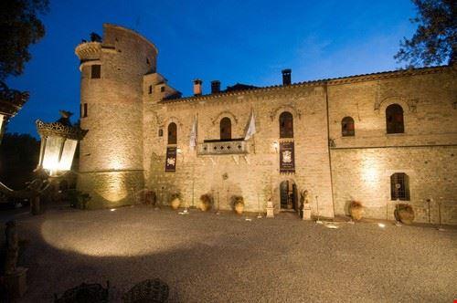 93876 deruta castello di castelleone