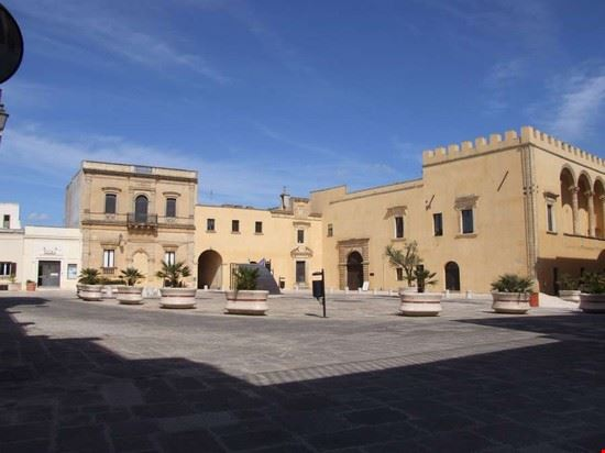 94258 presicce palazzo ducale