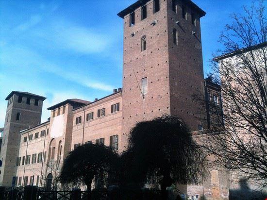 94479 vercelli castello visconteo