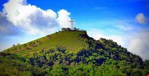 Tapyas Hill