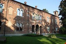 Palazzo Leone da Perego a Legnano: la facciata