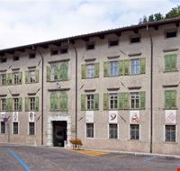 palazzo campeis