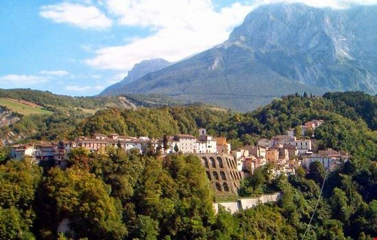 94872 castelli castelli centro storico