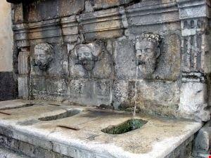 fontana mascherone sepino