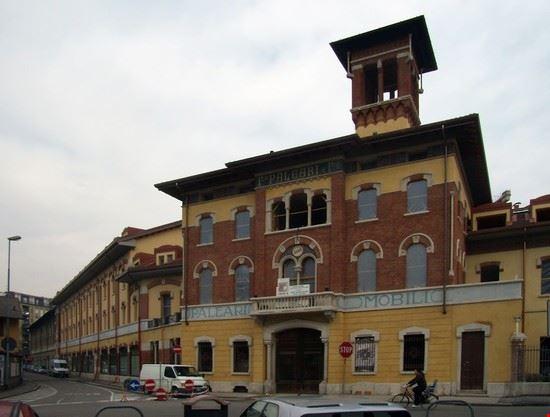 Palazzo paleari e villa mussi lissone for Arredamenti mussi lissone