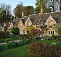 bibury cottages