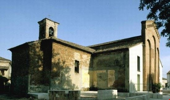 95111 san benedetto po chiesa di san fiorentino martire a quistello