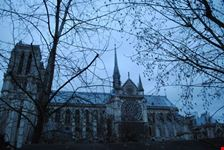 cathedrale notre-dame de paris al tramonto parigi