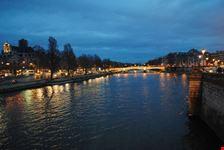 pont neuf illuminato parigi