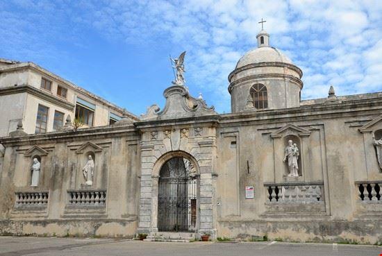96188 vico del gargano chiesa di san pietro
