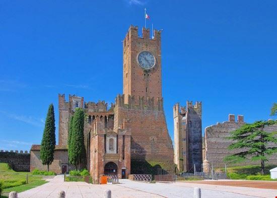 castello villafranca 2