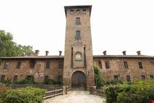 castello di Peschiera Borromeo 1