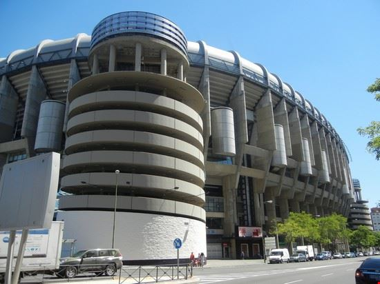 97147 madrid madrid stadio santiago bernabeu una delle torri