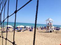 la spiaggia attrezzata camping Praia Mare