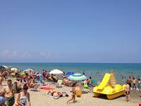 spiaggia attrezzata camping Praia Mare