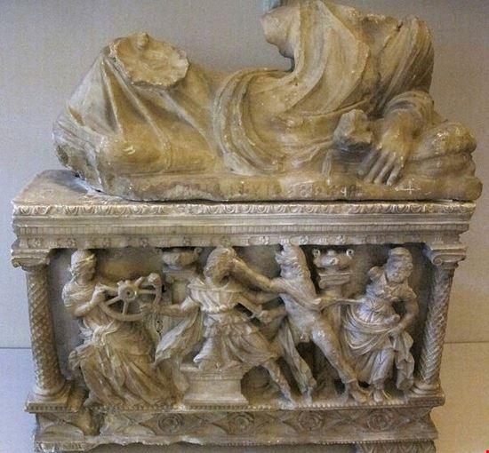 98187 colle di val d  elsa museo civico archeologico