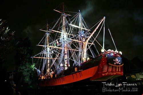 98464  captain hook pirate ship