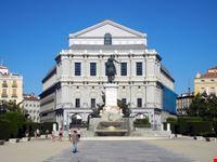madrid madrid plaza de oriente vista del teatro real