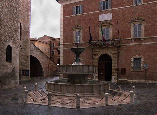 98642  fontana sturinaldo