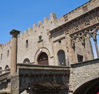 99525 viterbo palazzo papale