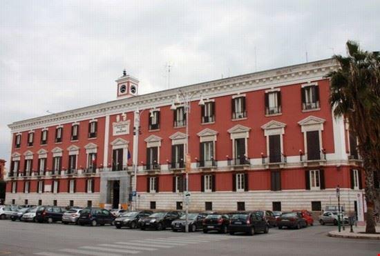 palazzo prefettura bari