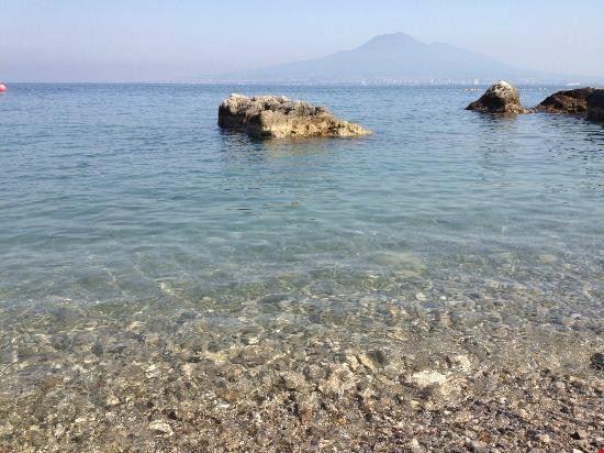99827 castellammare di stabia stone beach