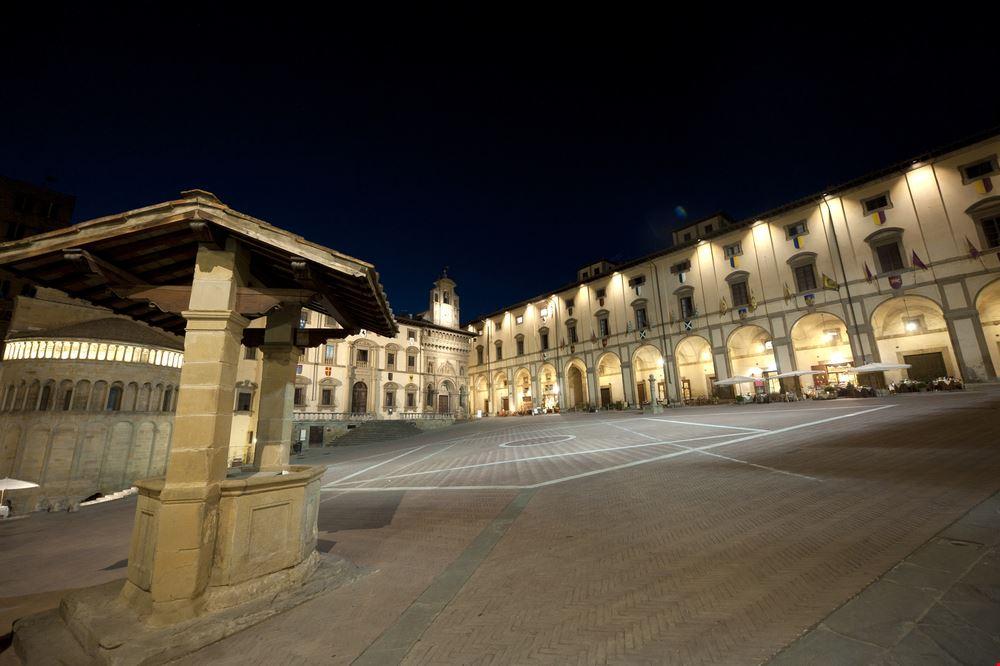 Arezzo_83079580