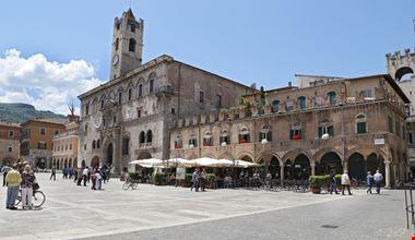 Ascoli_204016870