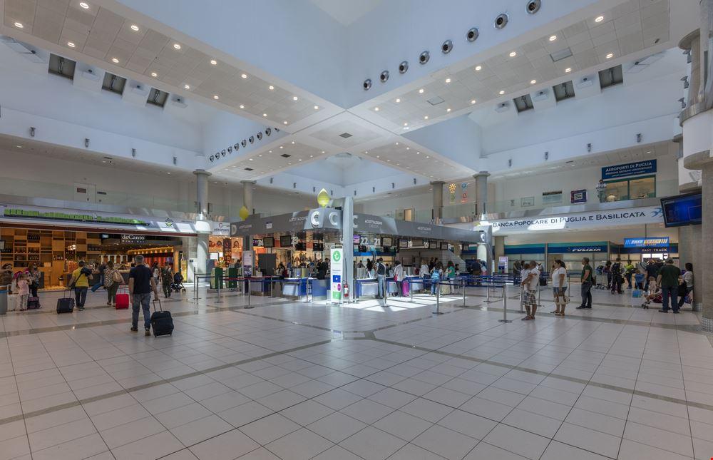 Bari Aeroporto_655548613