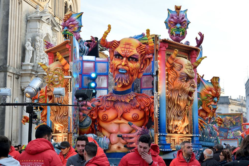 Carnevale_Acireale3