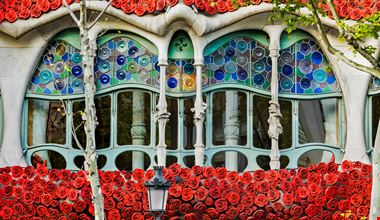 Casa Batll├│ - fachada H Sant Jordi-min
