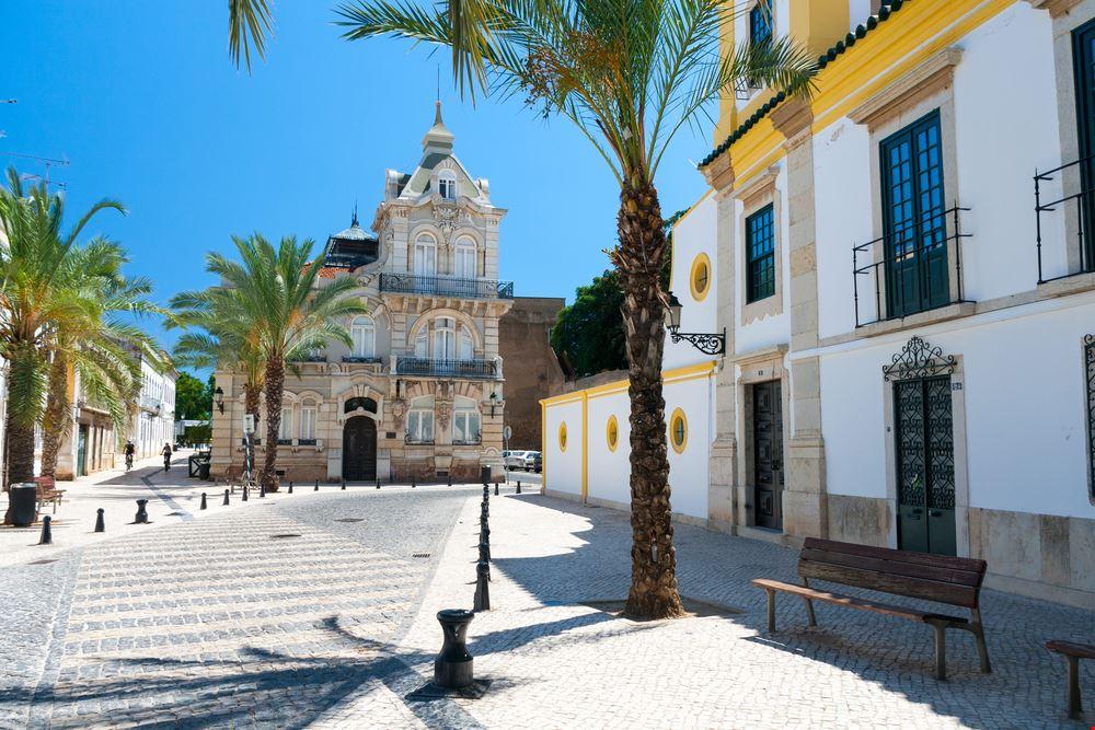 Faro_600302597