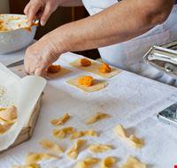 Ferrara Food_143854504