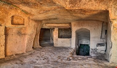 Matera Casa Grotta_645210268