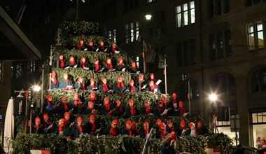 Albero Di Natale Zurigo.Mercatini Di Natale Zurigo 2019
