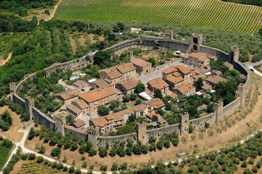 Monteriggioni_220689007