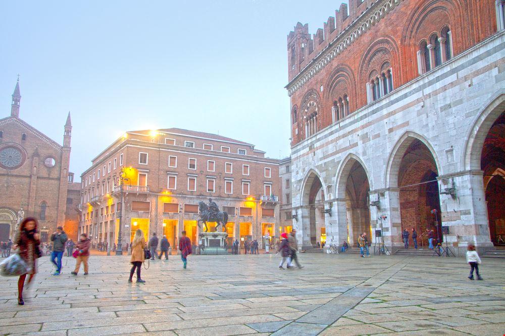 Piacenza_401729803