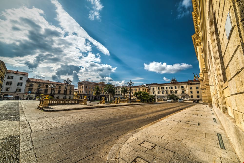 Sassari_496735840