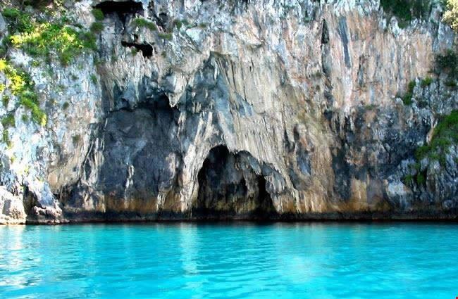 Grotta azzurra dell'Isola Dino