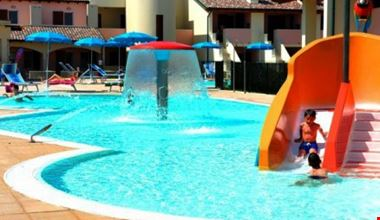 Residence Village con piscina