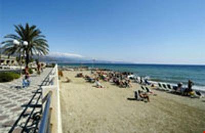 La spiaggia del campeggio ad Albenga