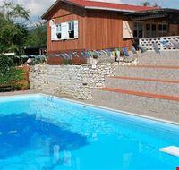 La piscina del camping Mare Monti
