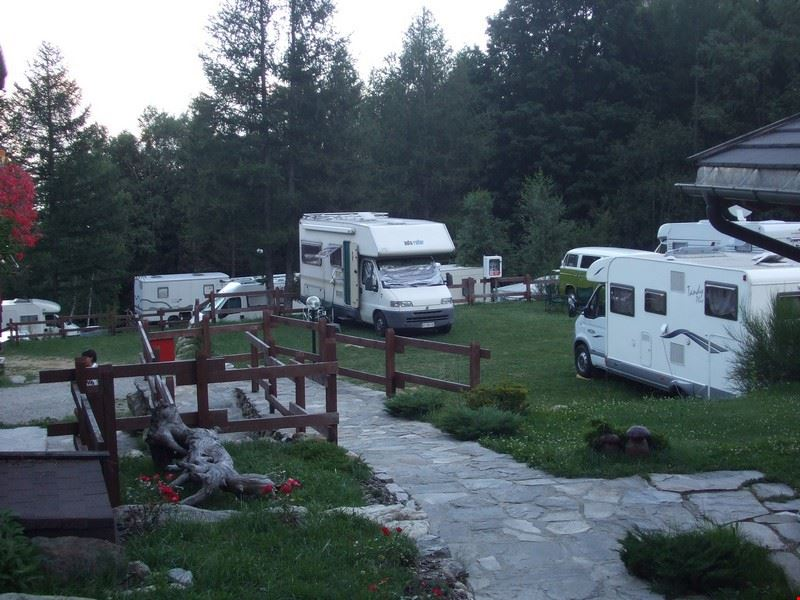 Camper in campeggio