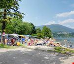 Campeggio sul lago