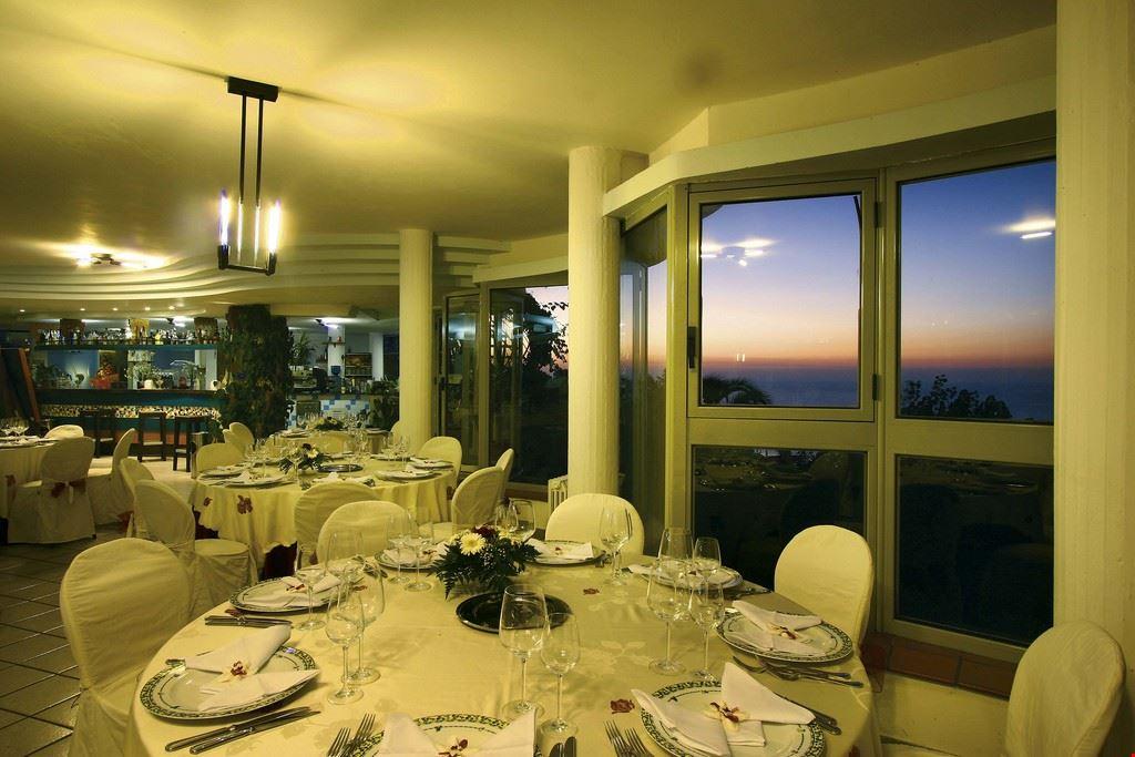 Hotel Villaggio con ristorante, Calabria