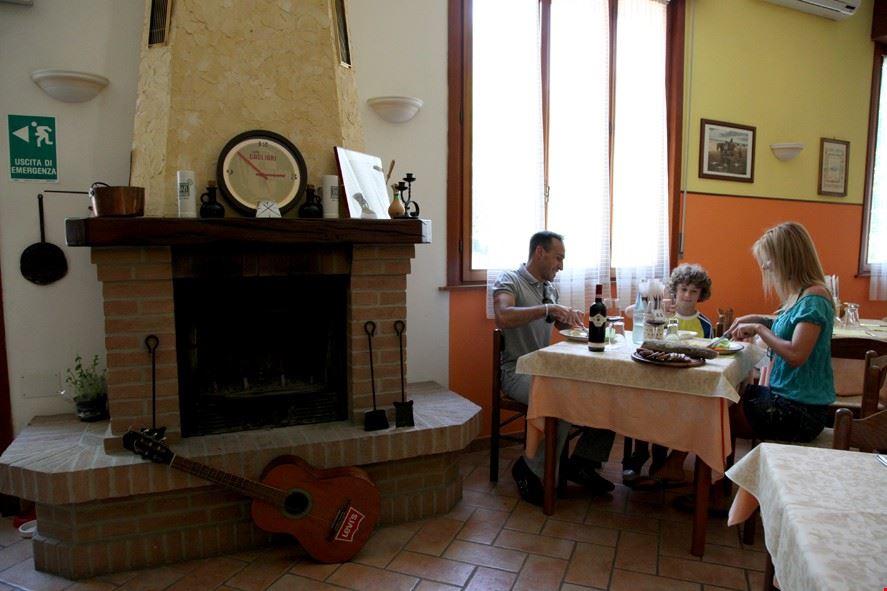 Camping con ristorante a Salsomaggiore Terme